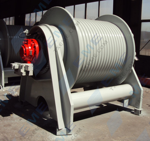 Drag head winch